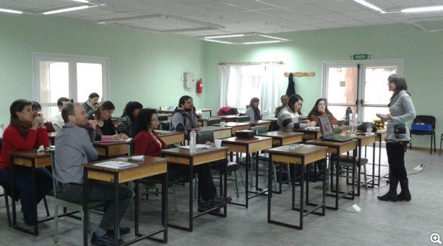organizacion de  taller para  docentes con la  asociación  argentina de  cristalografia.